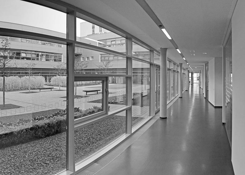 Zimmer zum Hof_70x50_Poltermann